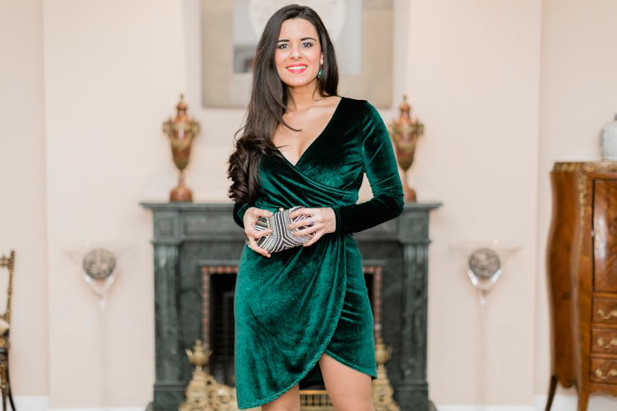 Vestido verde de terciopelo-21671-crimenesdelamoda