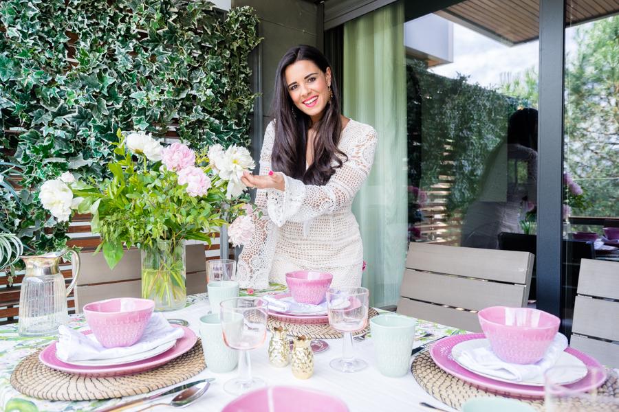 Vídeo Cómo decorar una mesa en verano-22907-crimenesdelamoda