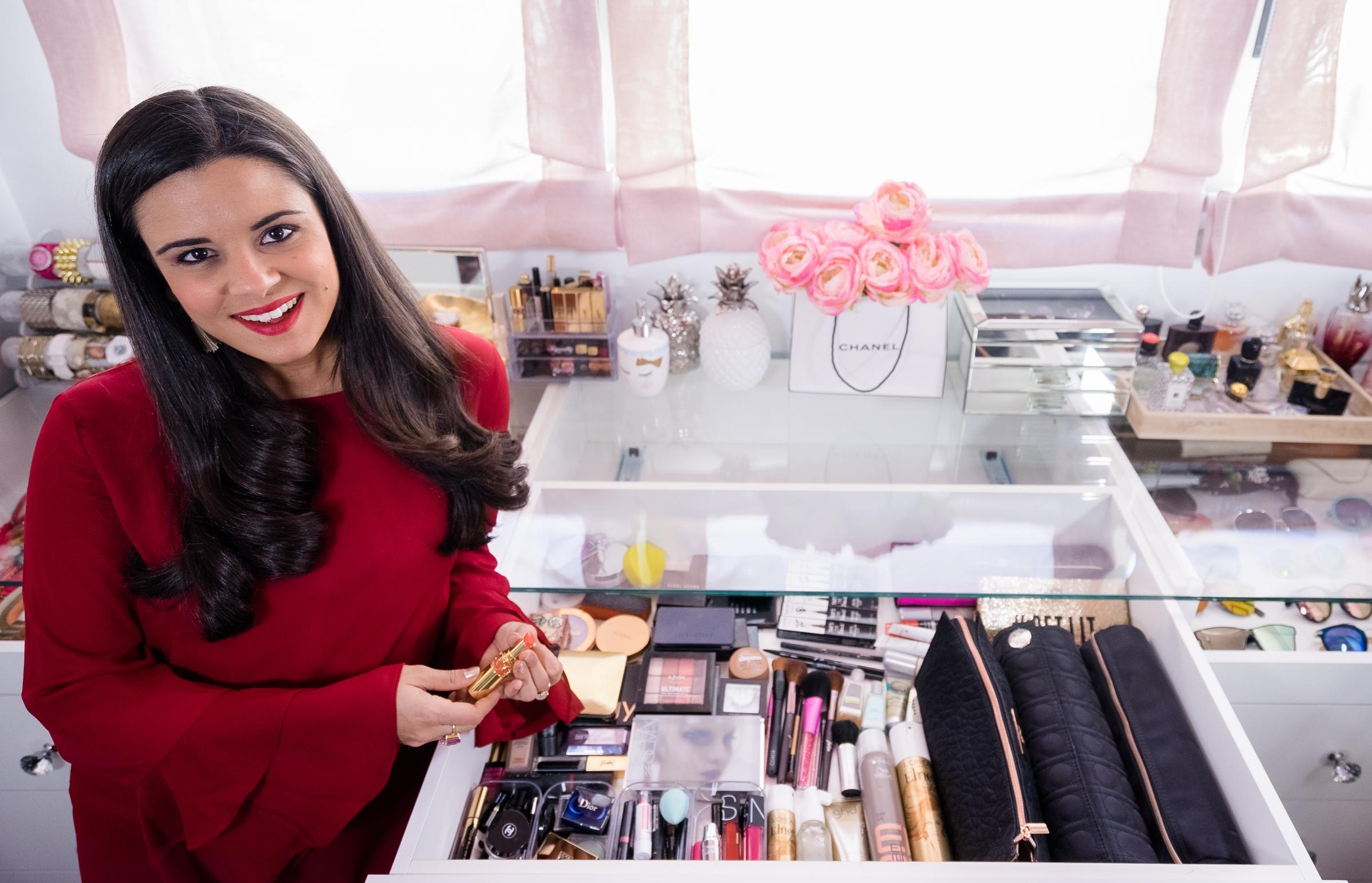 Video: mi colección de maquillaje-26345-crimenesdelamoda