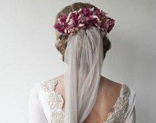 Velos de colores: tendencia en novias