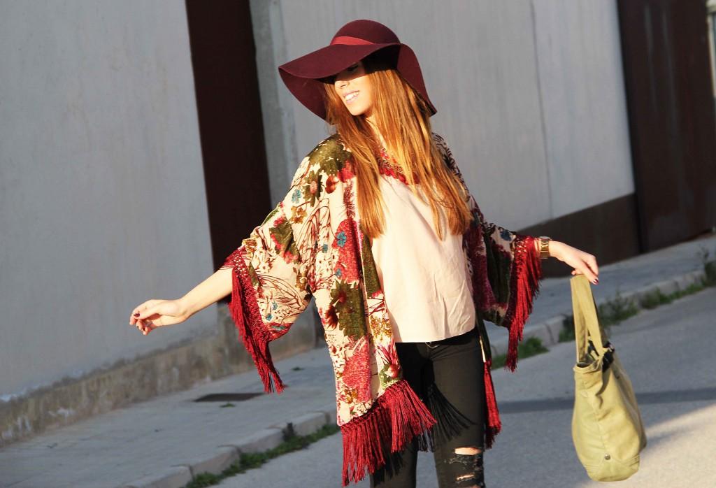 Culet_de_cirereta_velvet_kimono_17