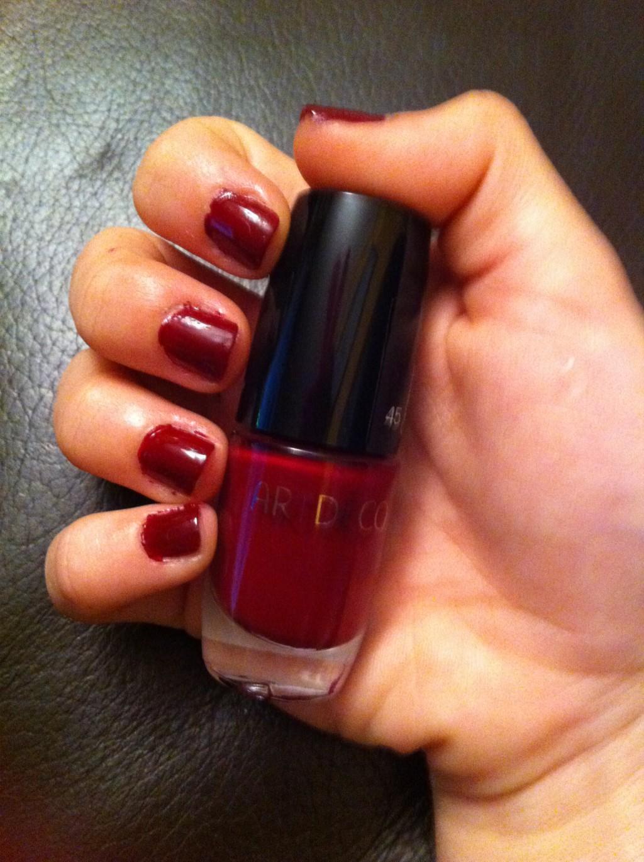 Nail of the week: Burgundy-434-beatriztifanys