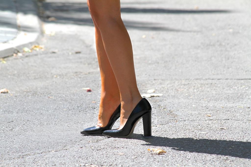 heels ZARA.descalzaporelparque