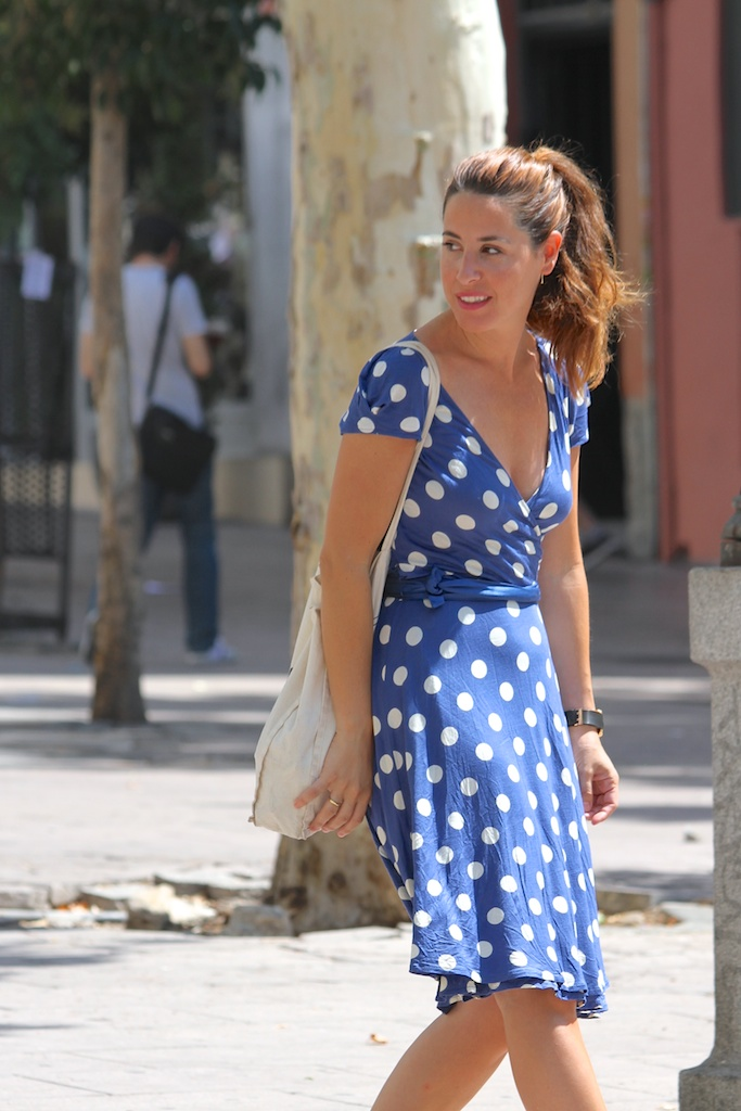 polka dots dress+converse.descalzaporelparque.