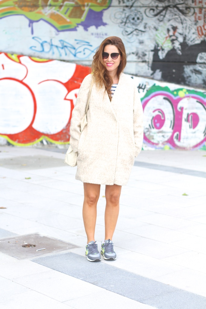 fashion,style,streetstyle,coat,wool,zara,nike,sneakers,descalzaporelparque