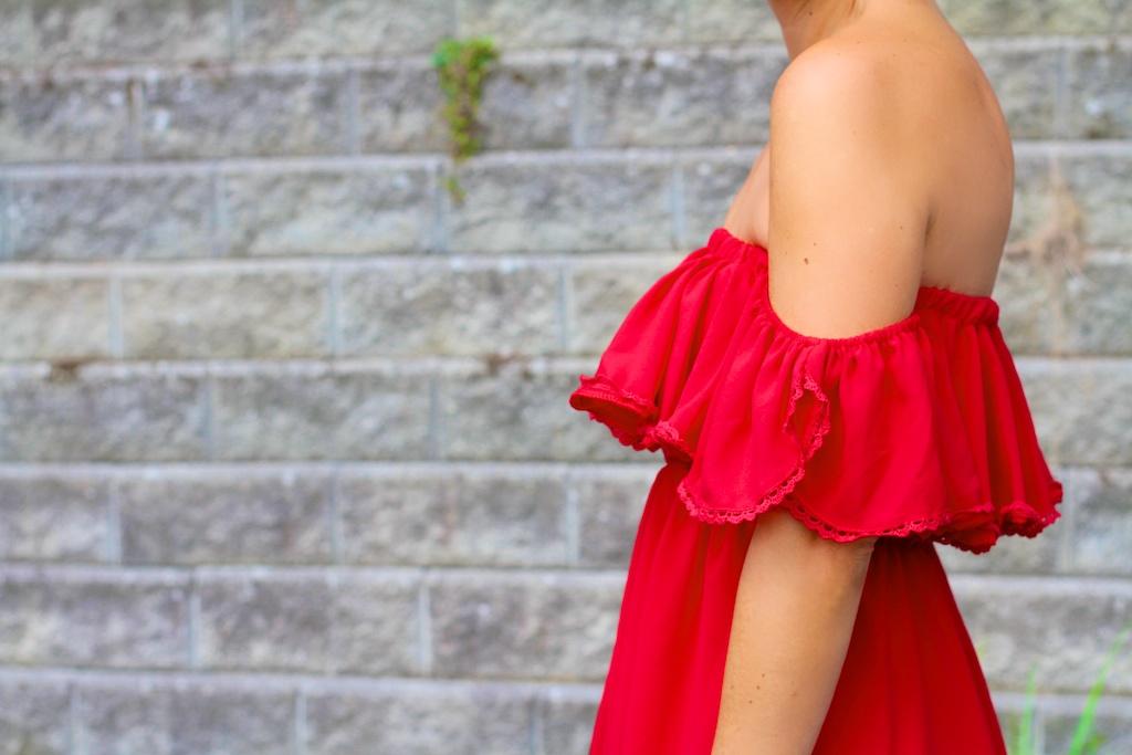 off-shoulder dress-52564-descalzaporelparque