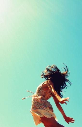 A non-typecast blogger, blogger, descalzaporelparque, free, happy, live,lifestyle