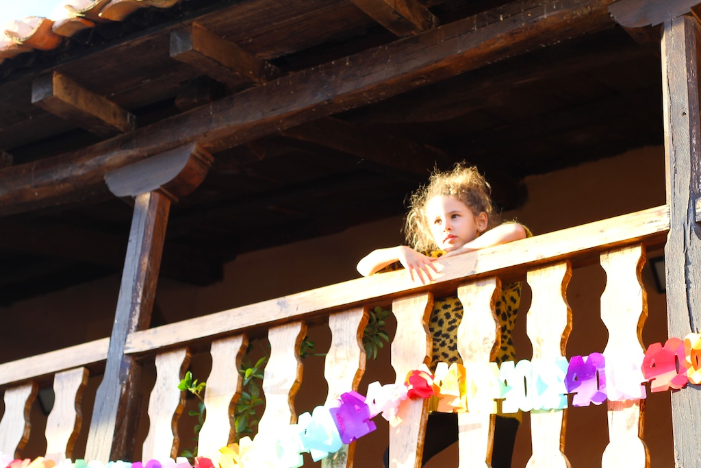 travel-Astorga-niños-viajar con niños-paisaje-descalzaporelparque