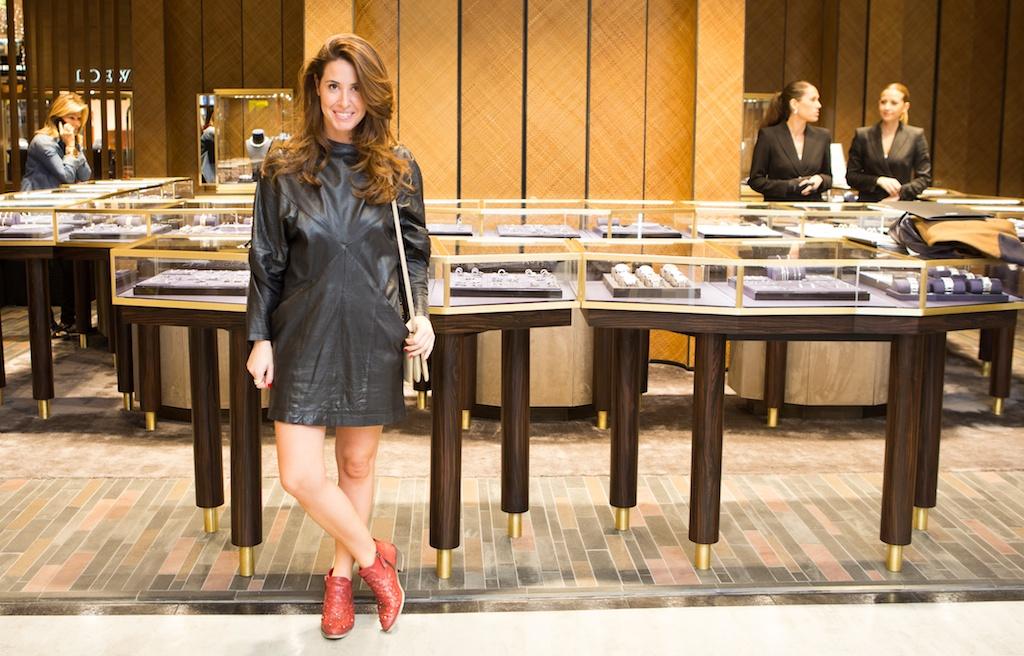 fashion-joyas-look-outfit-leather-dress-vintage -Suárez-fashion-jewelry