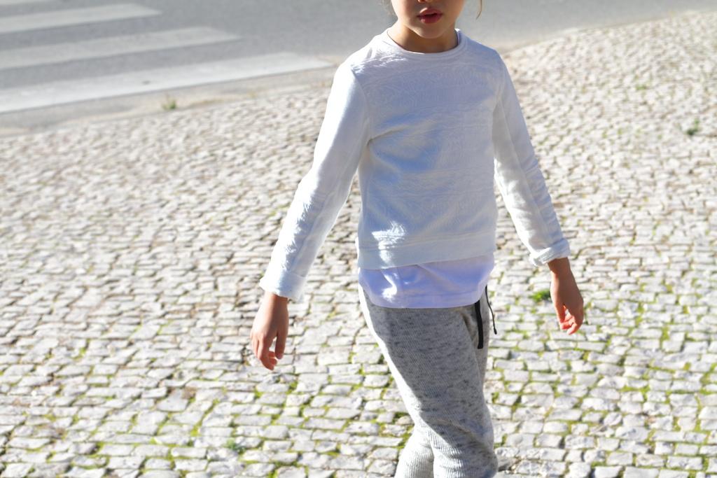 jimena-kids-fashion-sreetstyle-children-zarakids-ugg-descalzaporelparqueIMG_9664