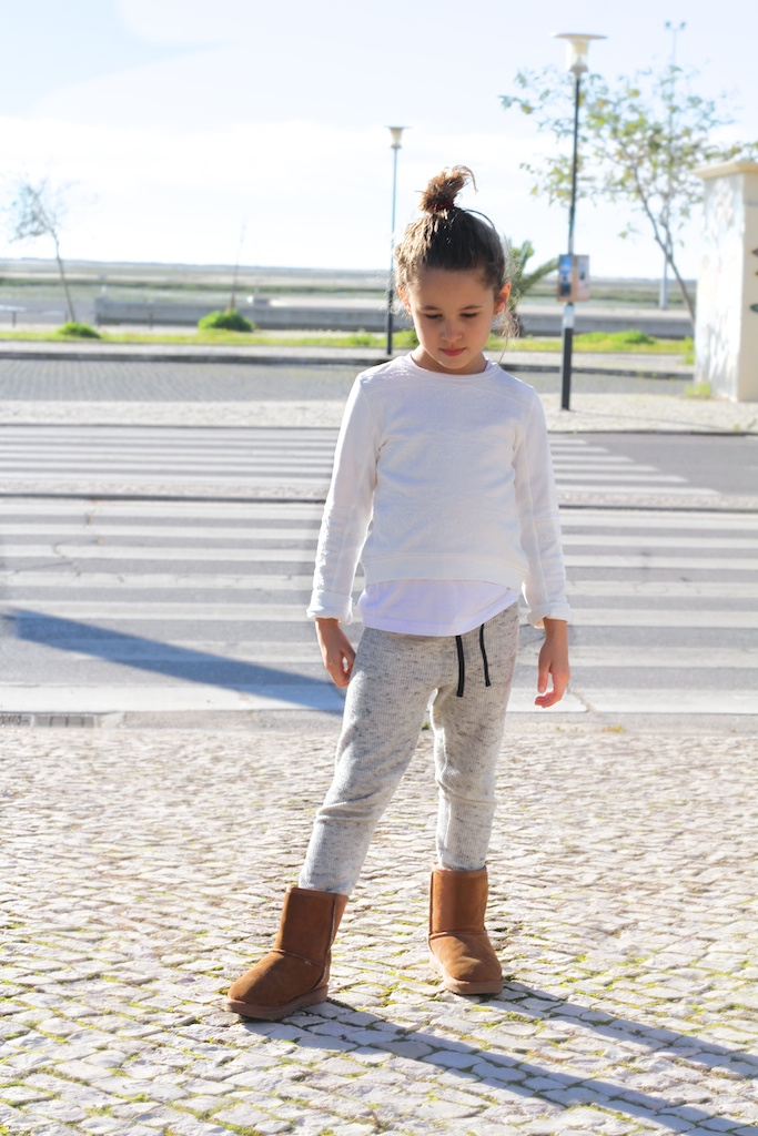 jimena-kids-fashion-sreetstyle-children-zarakids-ugg-descalzaporelparque