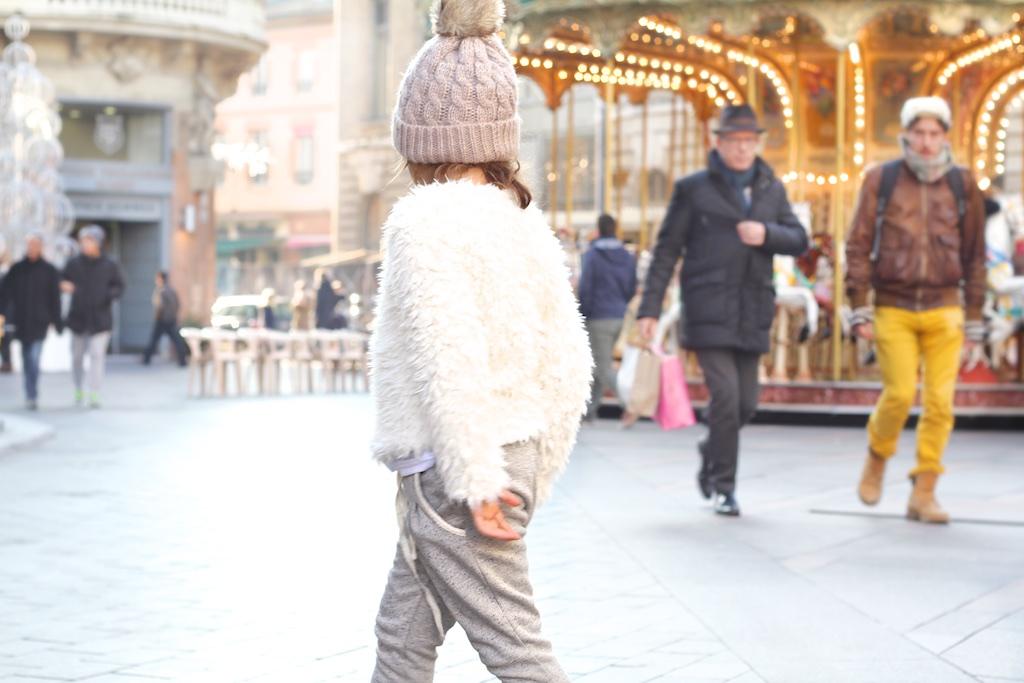 por las calles de Toulouse-53965-descalzaporelparque
