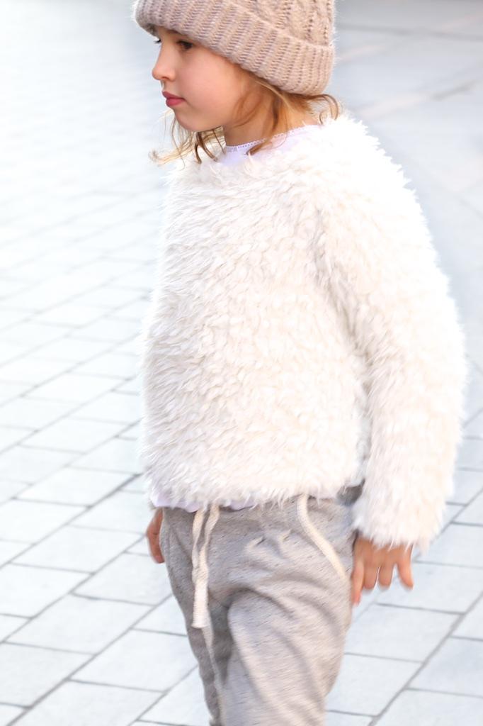 jimena-zara-kids-jimena-streetstyle-zarakids-white-fashion