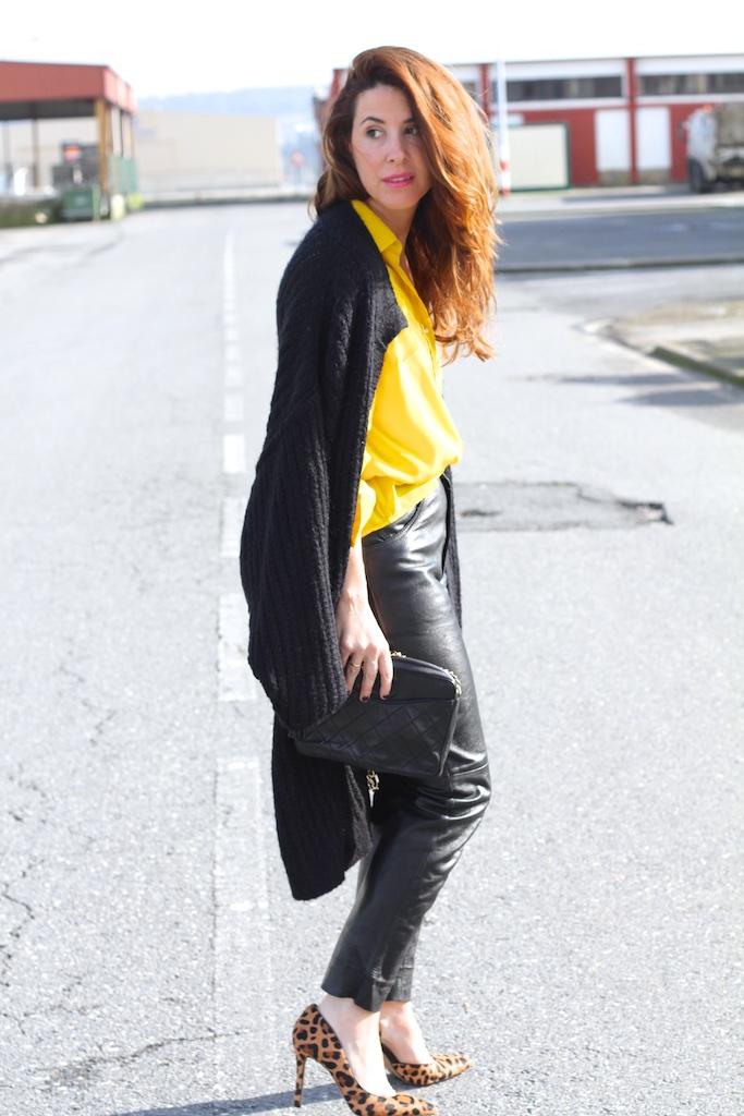 mommyblogger-flea-market-fashion-leather-vintage-descalzaporelparque-streetstyle
