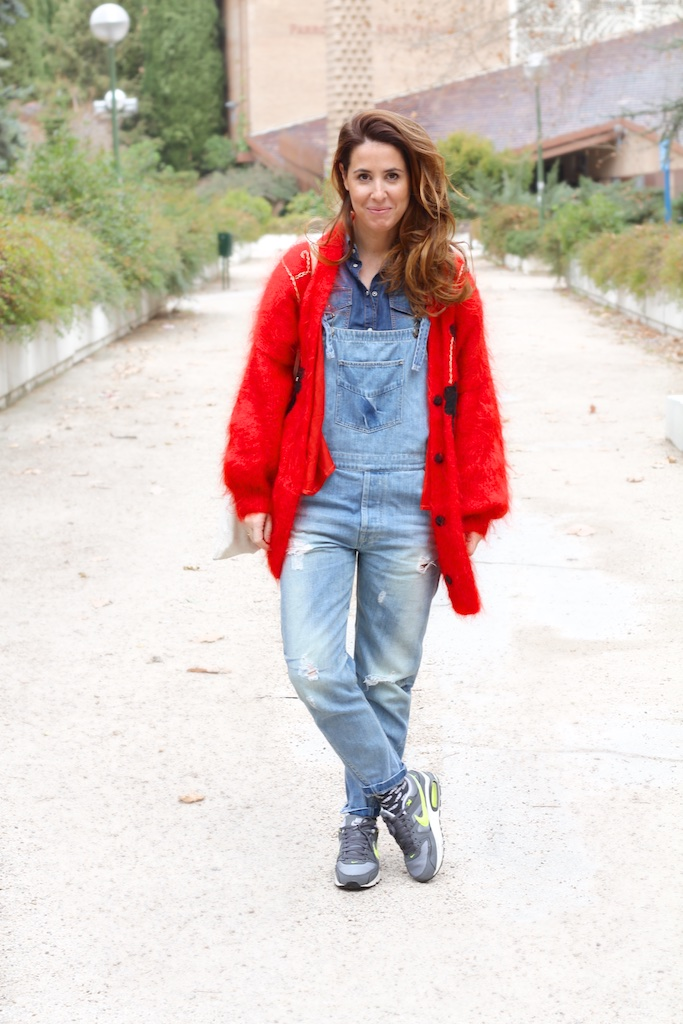 streetstyle-moda-fashion-nike-air-red-vintage-descalzaporelparque-denim