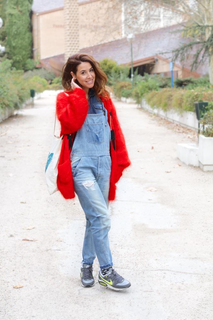 style-moda-calle-denim-dungaree-vintage-descalzaporelparque