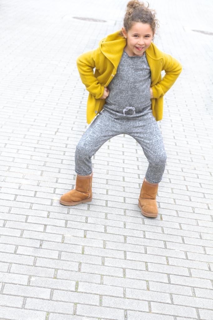 streetstyle-zara-ugg-descalzaporelparque-jimena-jumpsuit