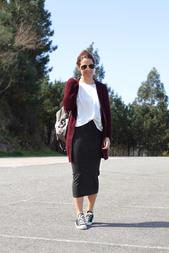 fashion-descalzaporelparque-streetstyle-backpack-chanel-tube-skirt-zara-sunglasses