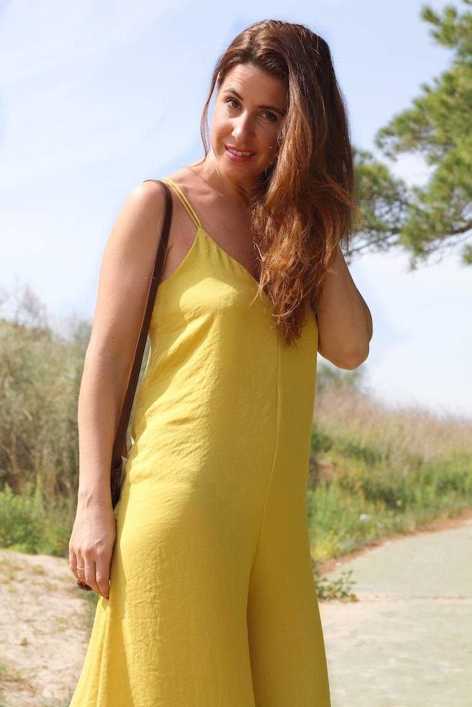blogger-fashion-stylovely-moda-descalzaporelparque-mono-zara