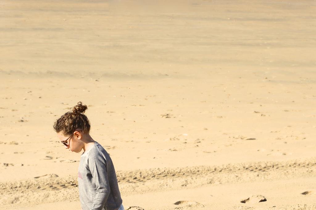 en la playa con niños-54703-descalzaporelparque