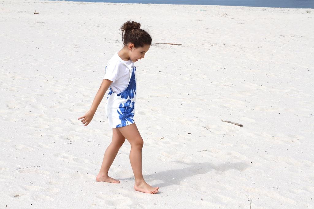 jimena-zara-kids-overall-summer-beach-descalzaporelparque