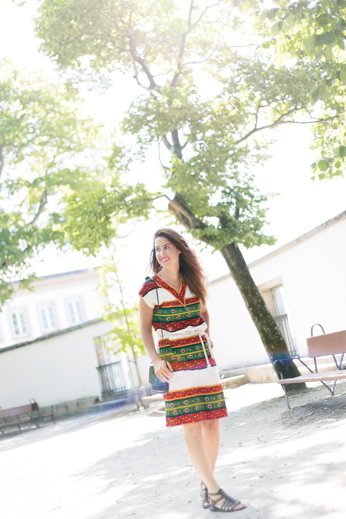 moda-calle-vintage-vestido-coruña-descalzaporelparque-streetstyle