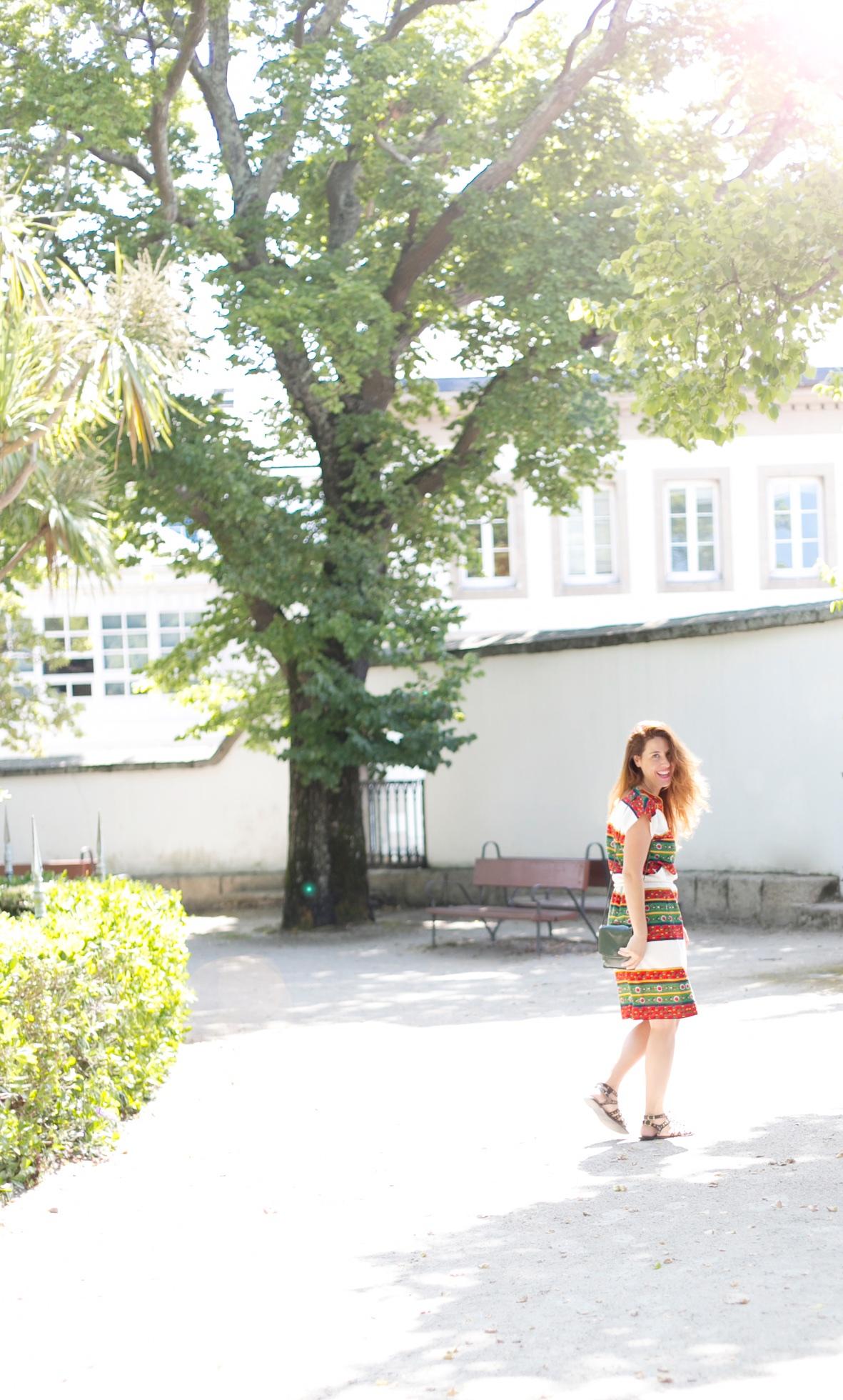calles-coruña-moda-calle-vintage-vestido-vintage-descalzaporelparque-fashion