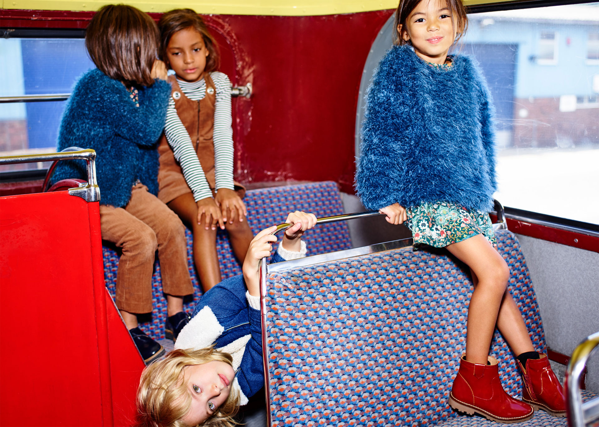 Zara Kids A/W 2015 : BACK TO SCHOOL-55507-descalzaporelparque