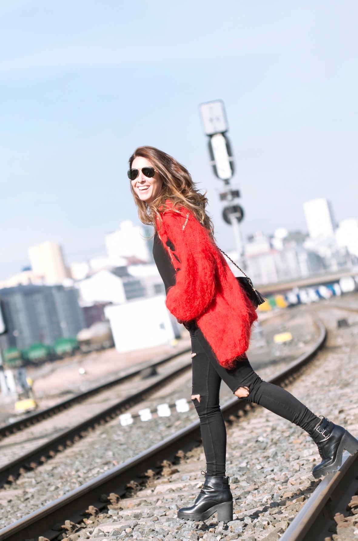 smile-mommyblogger-rayban-descalzaporelparque-style-coruña-vintage-rojo