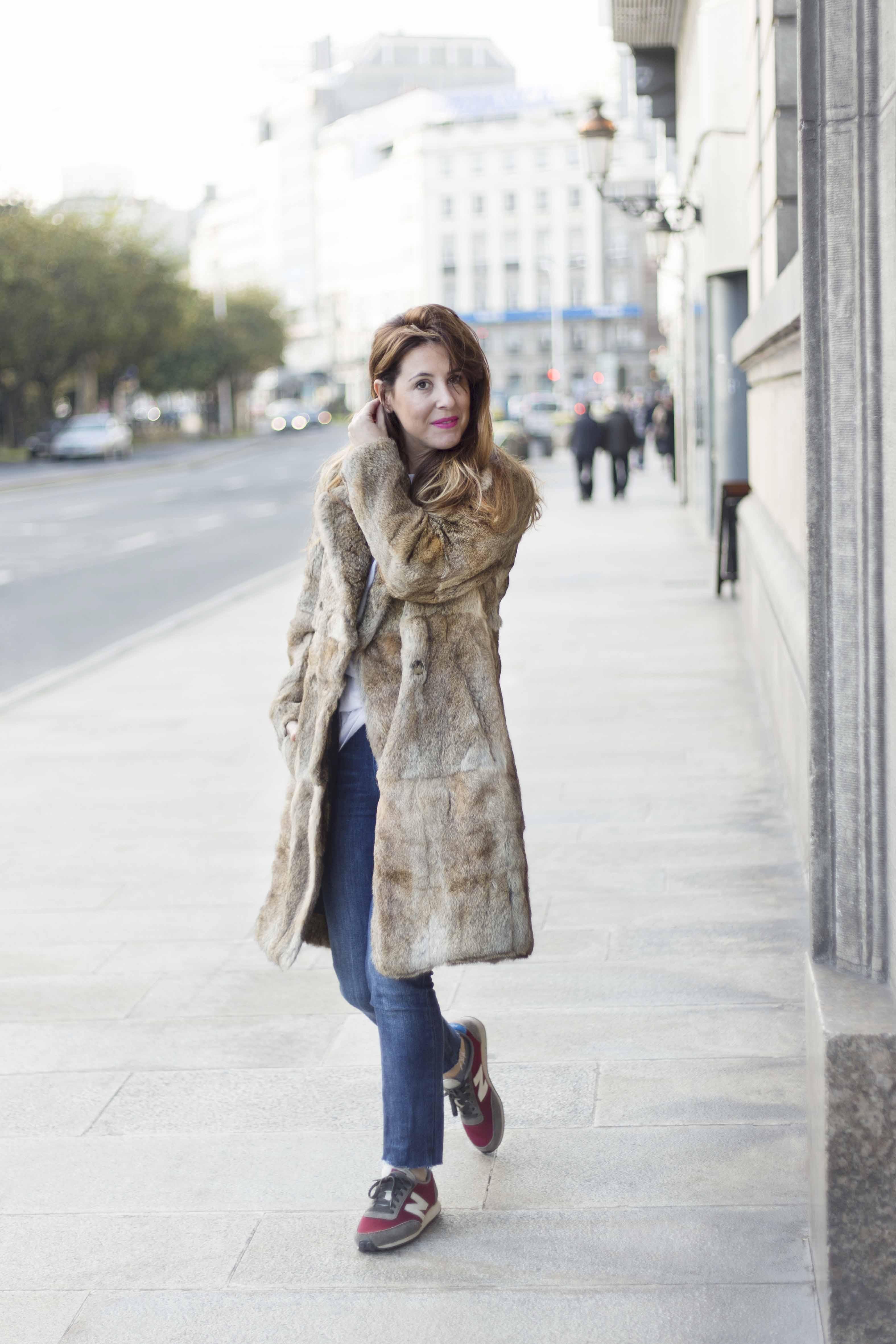 merry-coat-SANDRO-street-style-coruñna-descalzaporelparque-fur-moda-fashion