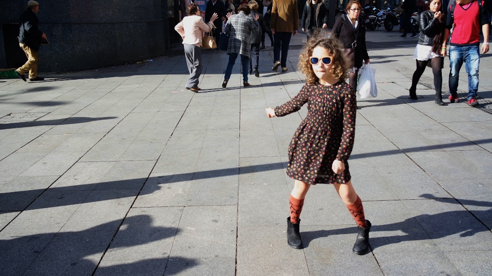 girl-street-style-fashion-jimena-Madrid-StreetStyle-ZaraGirl-zara-kids-descalzaporelparque