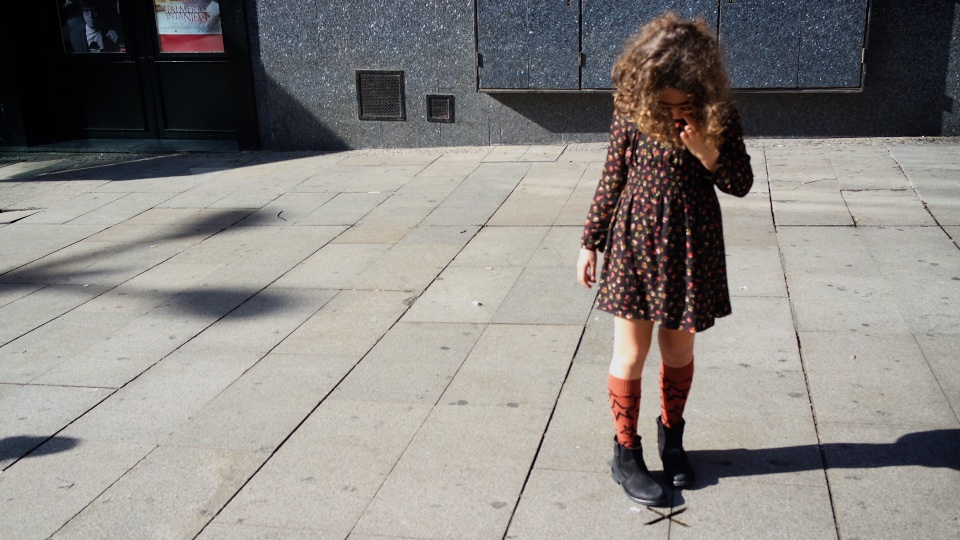 jimena-madrid-streetstyle-stylelovely-kids-zara-bobochoses-blogger-descalzaporelparque