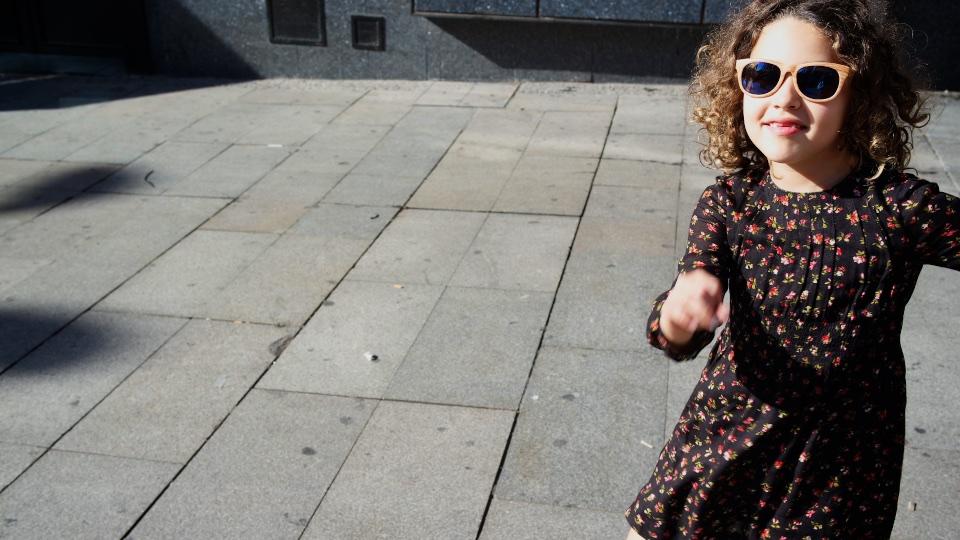 StyleLovely-blogger-kids-ministyle-zarakids-streetstyle-descalzaporelparque-Gap