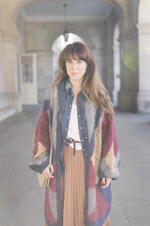 cardigan-coruña-blogger-descalzaporelparque-streetstyle-cèline-triobag-vintageandcoffee-mommyblogger-street-fashion
