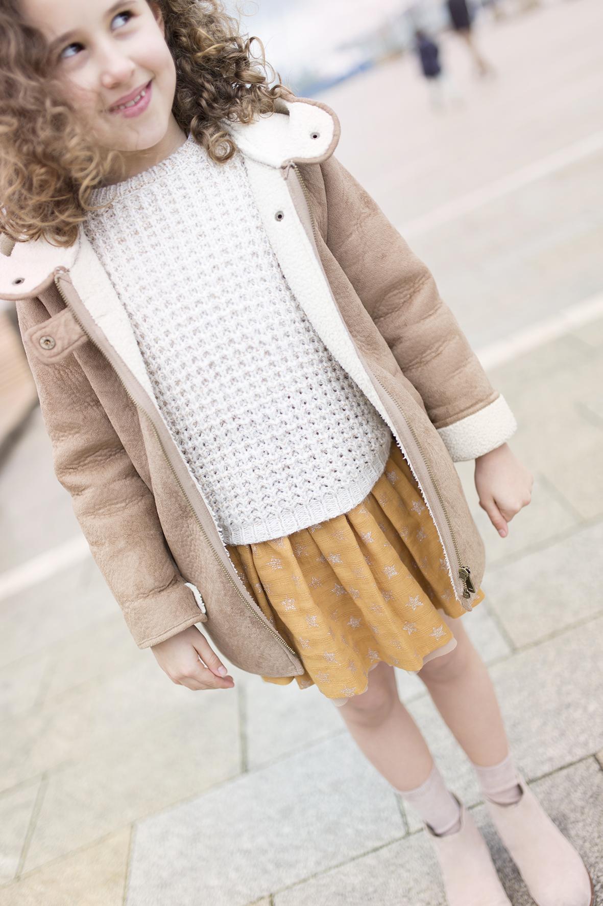 jimena-streetstyle- kids-Zara- descalzaporelparque-fashion -minime-moda-coruña-blogger-ZARA nueva colección