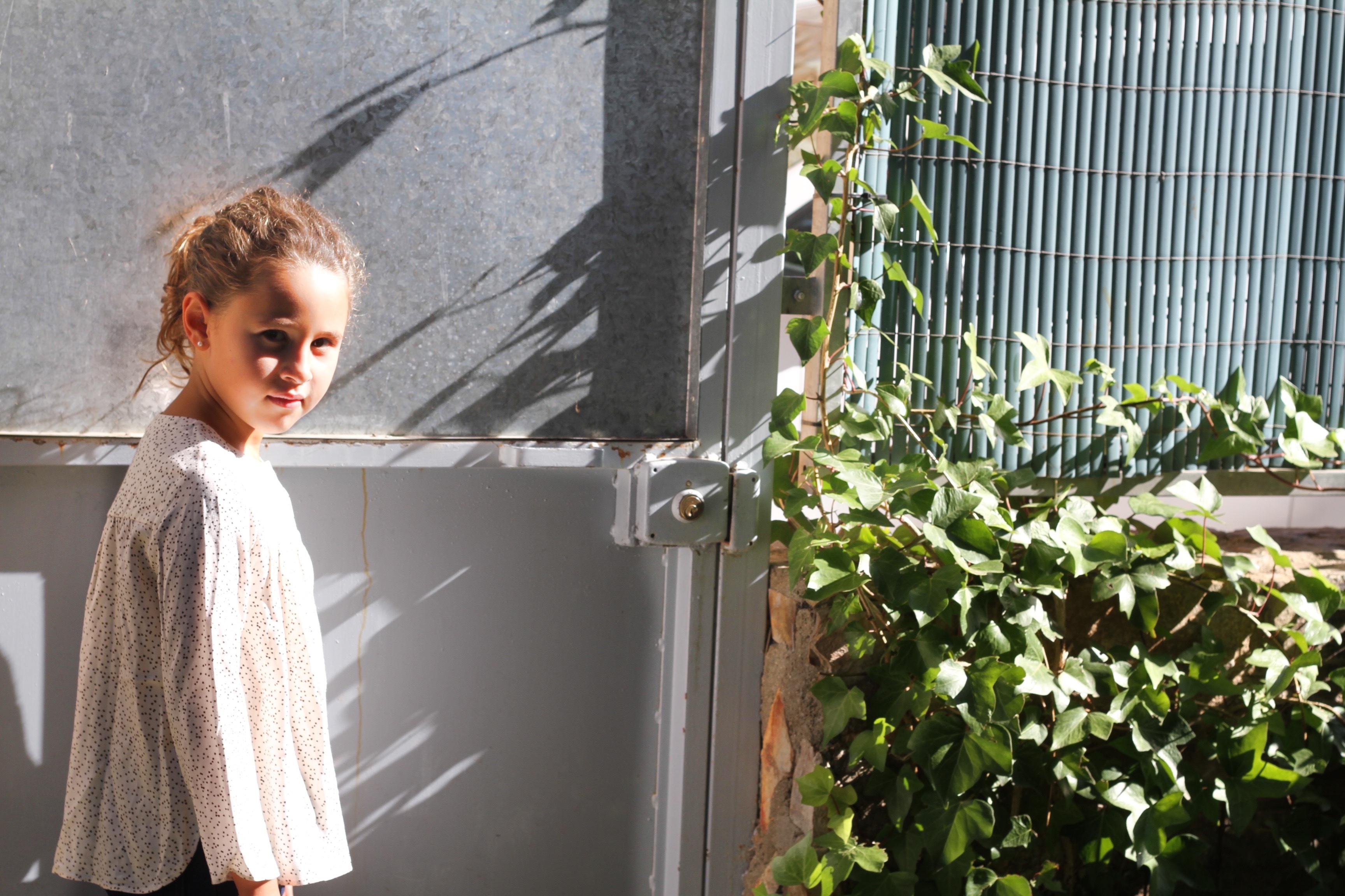 fashion-style-descalzaporelparque-niños-blog-zara kids-alpargatas de pelo-zara-kids-jimena