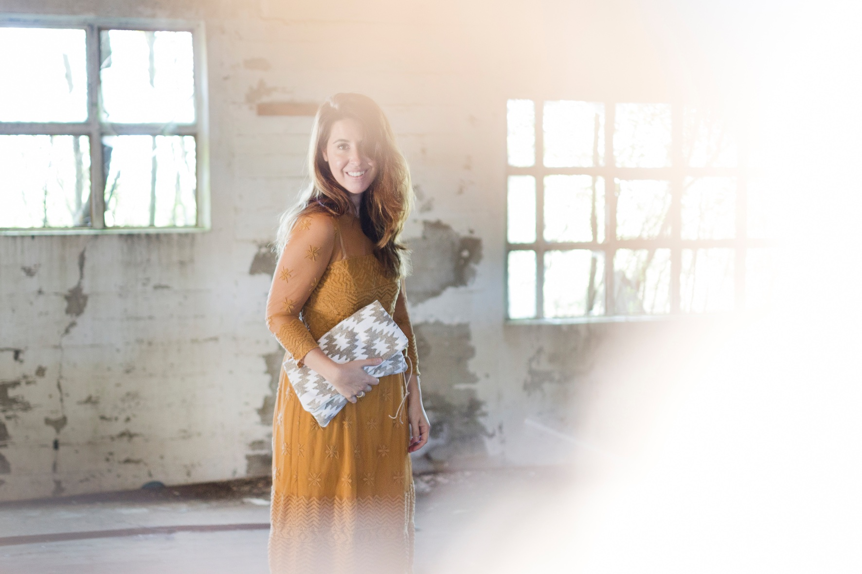 vestido mostaza - descalzaporelparque - zara - style - blogger - fashion