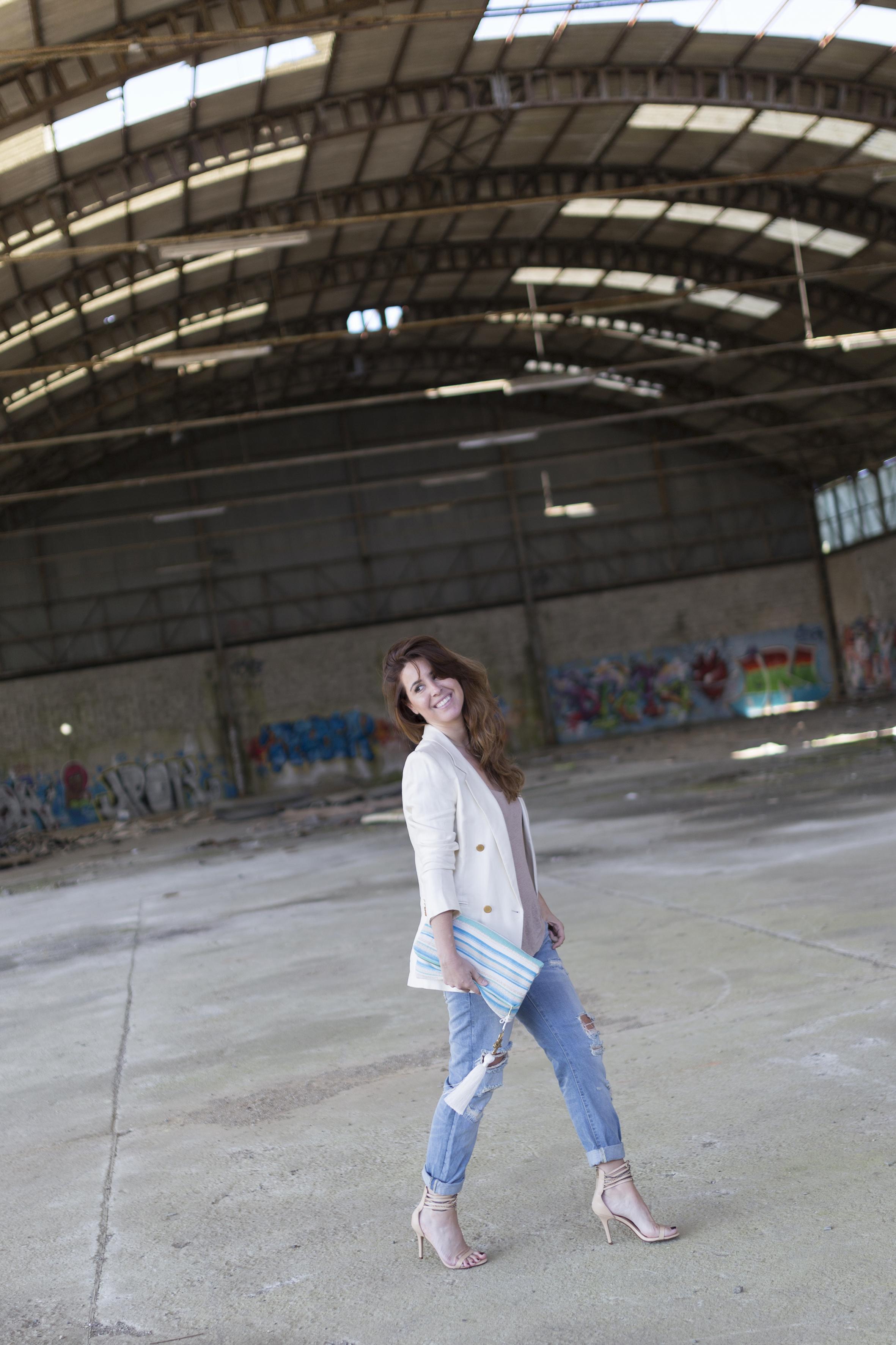 look-galicia-bag- descalzaporelparque- blogger- fashion- tienda oline-Grandes esperanzas - bolso - libro - look - lo en las nubes- style