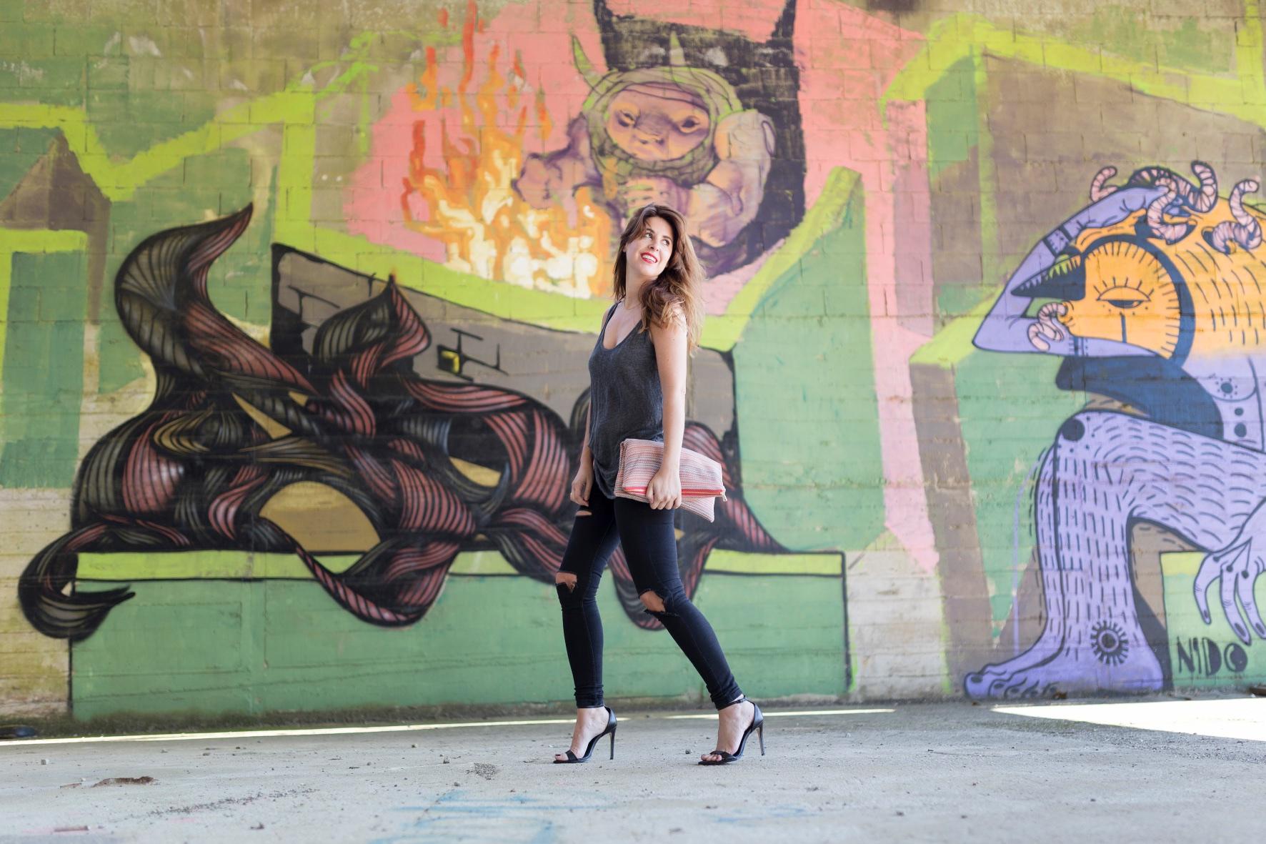 moda-estilo-look-ootd-zara-blogger-descalzaporelparque-EN LAS NUBES BOLSOS-Divina Comedia-streetstyle-fashion