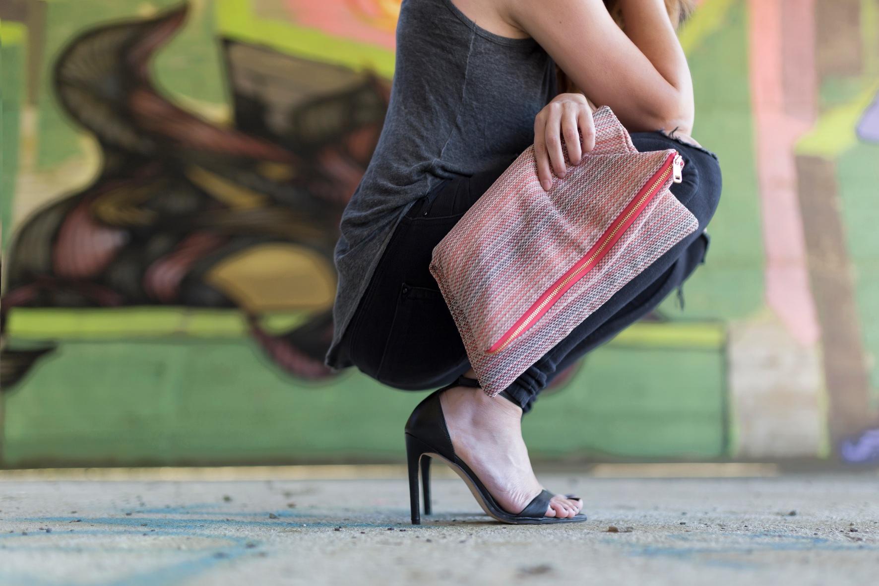 zara -sandals-streetstyle-fashion-blogger-descalzaporelparque-EN LAS NUBES BOLSOS-Divina Comedia