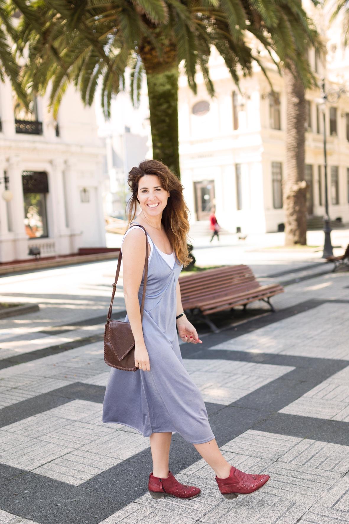 vestido-botines- zara - streetstyle-moda -urban outfitters-- bag-calle-coruña-dress-style-ootd-descalzaporelparque