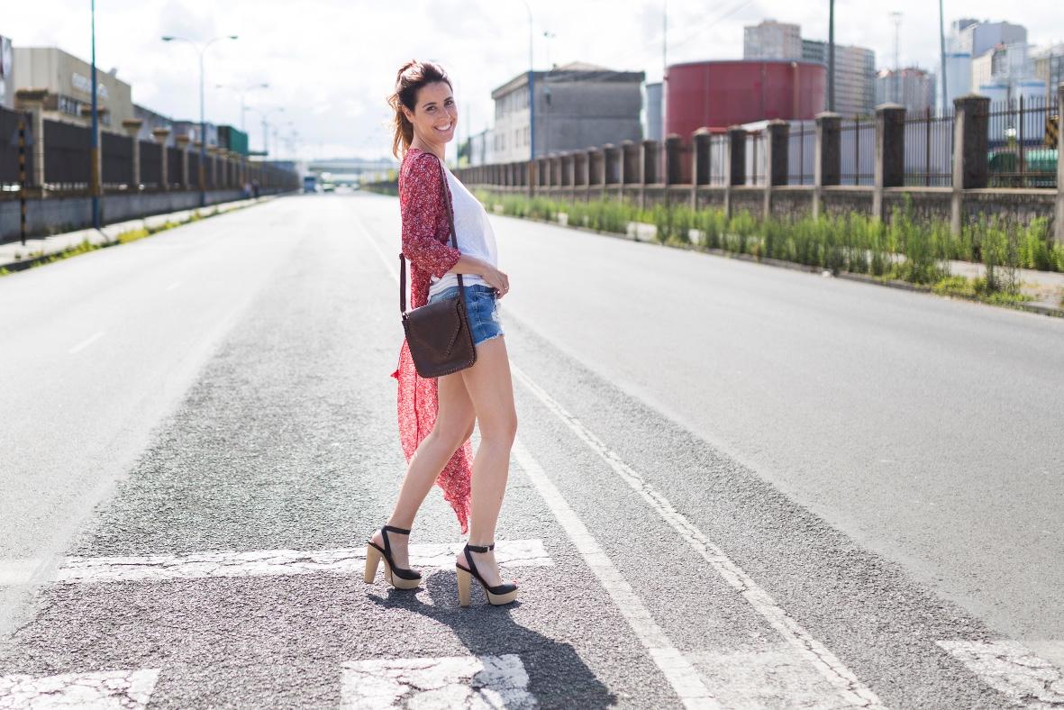 SHEIN - blogger- style-look- denim- dress- chiffon- coruña- descalzaporelparque- shorts