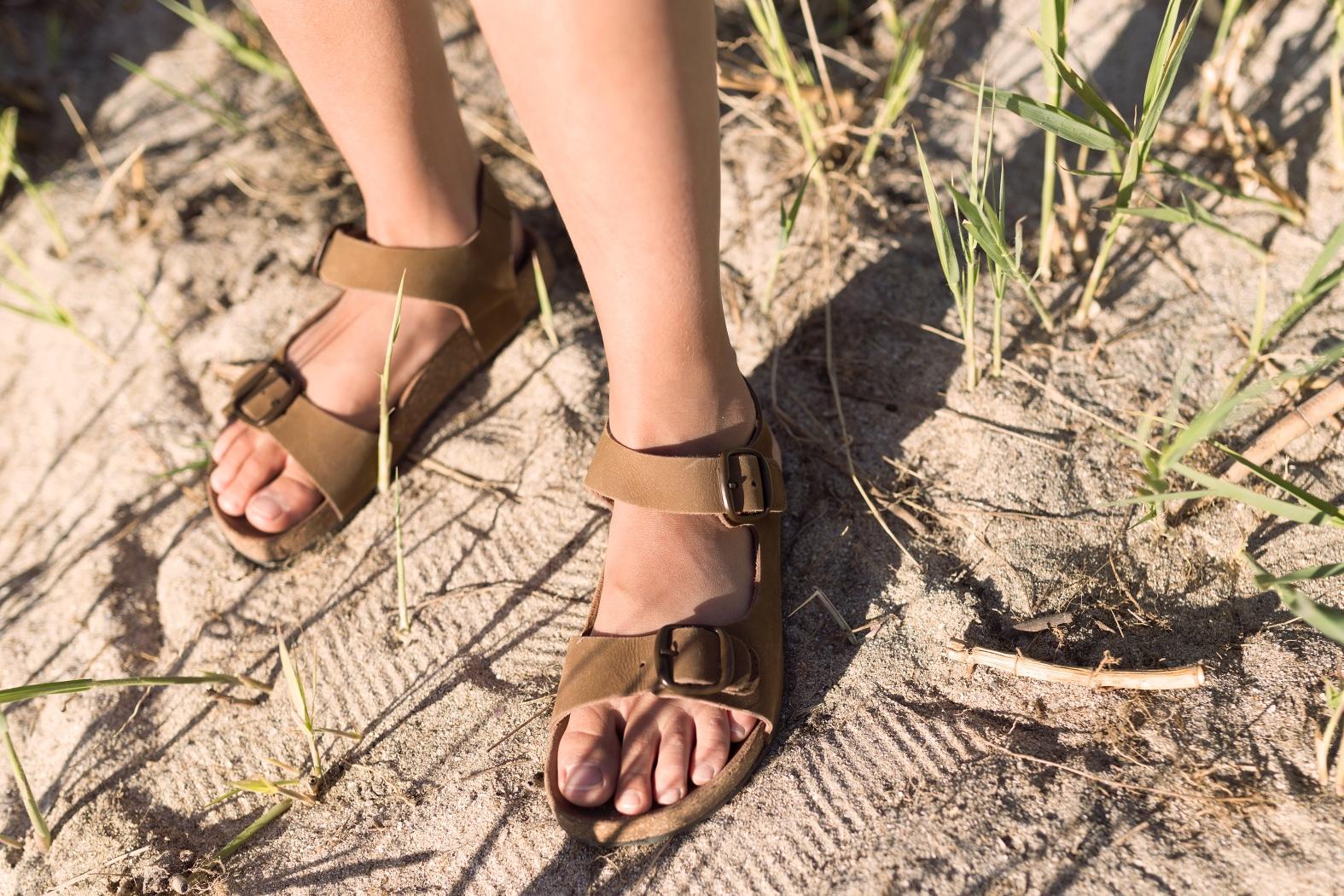 stylelovely-descalzaporelparque-ZARA -Mango Kids-Zippy-ZARA KIDS-rayban-una auténtica aventura-jimena-playa-style-fashion-lifestyle-coruña-bloggers