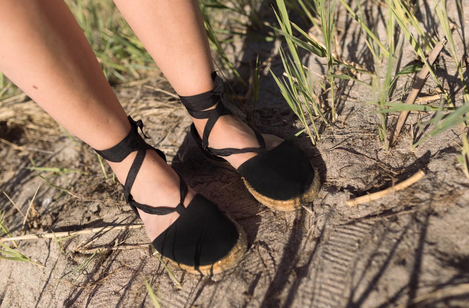 alpargatas -H&M- alpargatas negras-stylelovely-descalzaporelparque-ZARA -style-fashion-lifestyle-coruña-bloggers