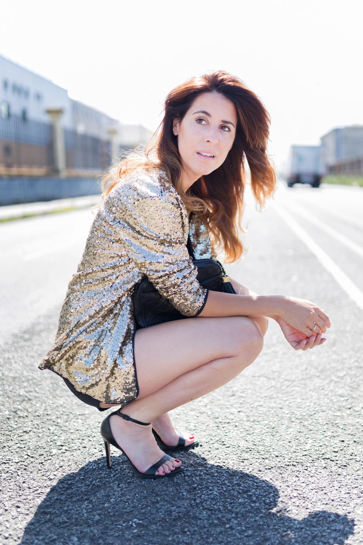 Sequined Coat- SHEIN-cazadora lentejuelas- fashion- blogger-style- sytreetstyle-chanel-coruña-descalzaporelparque- alba cuesta- look- style- ootd