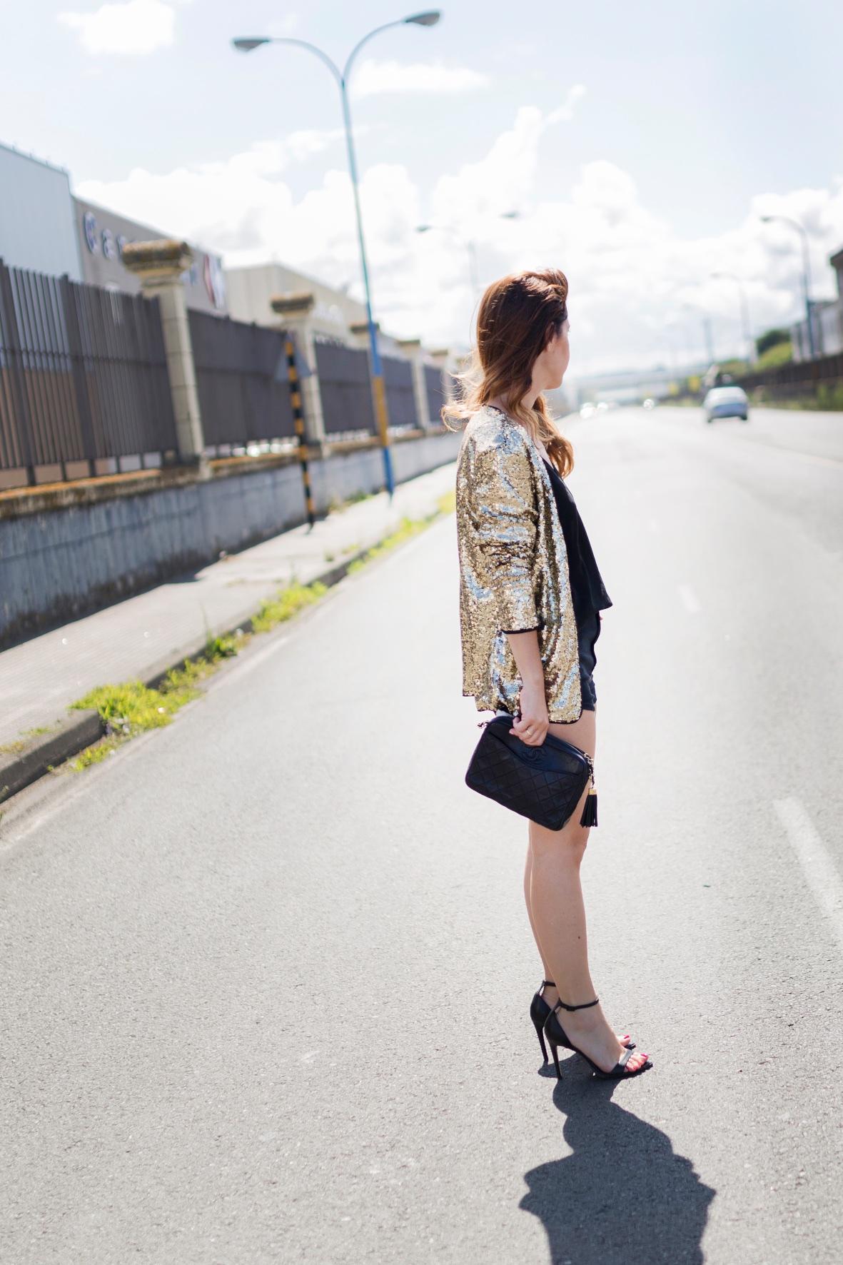 Sequined Coat, SHEIN, cazadora lentejuelas, fashion, blogger, style, sytreetstyle,chanel, coruña, descalzaporelparque, alba cuesta, look, style, ootd