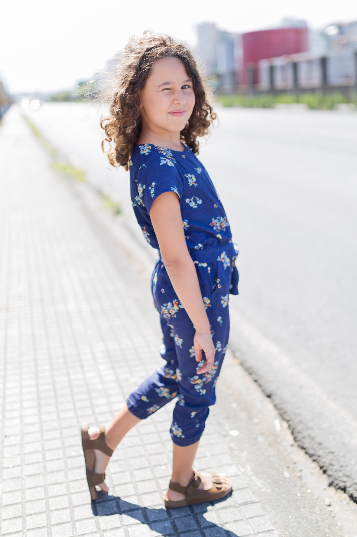 blog-moda niños-zippy sandals-miniblogger-descalzaporelparque -coruña -jimena - jimena look- jumpsuit -kids -miniblogger - moda infantil -mono -niños- Soft -soft de ZARA KIDS - streestyle- style -zara-zara kids