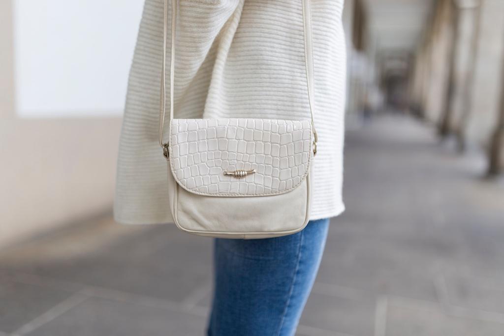 vintage bag-nuevos pendientes- happiness boutique- descalzaporelparque- alba cuesta- coruña- fashion- blogger- streetstyle- Zara