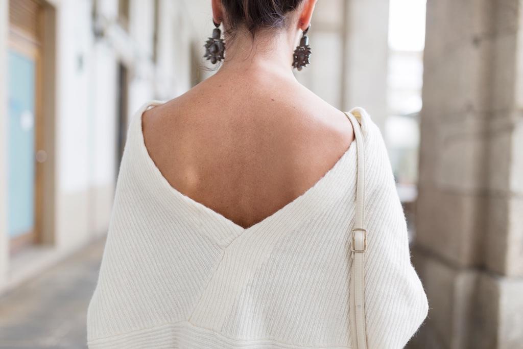 jumper zara-espalda-nuevos pendientes- happiness boutique- descalzaporelparque- alba cuesta- coruña- fashion- blogger- streetstyle- Zara