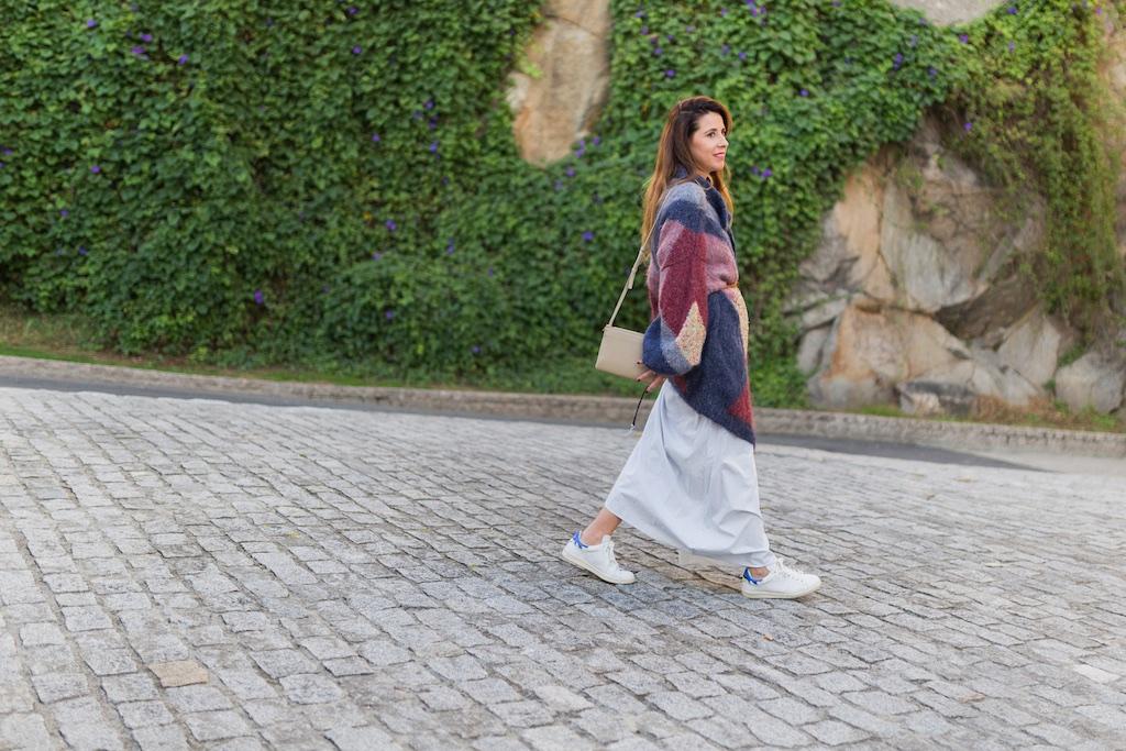 vintage- Zara - moda - coruña - fashion - blogger , style , moda calle , streetstyle - denia priegue - video - vintage - sneakers isabel marant - zara - Celine trio bag - celine bag - descalzaporelparque-chaqueta de lana - Vintage & Coffee